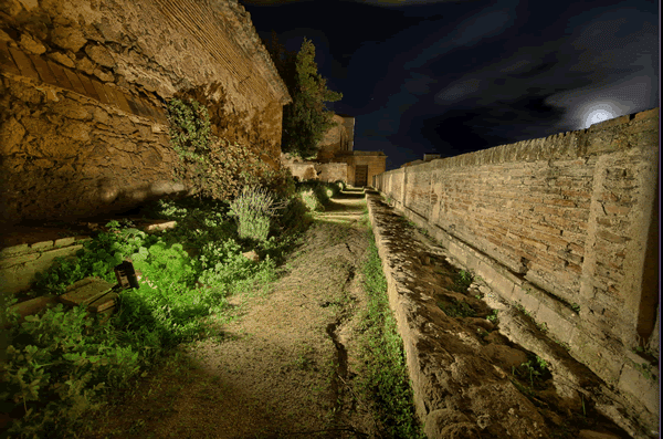 iluminación arquitectónica de un castillo